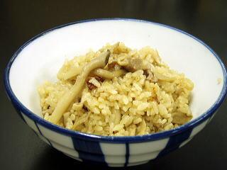 鶏肉とキノコの炊き込みご飯<バター風味>2合分